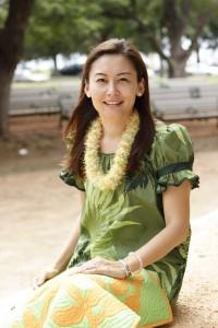 AnneProfilePhoto-HawaiiStyle
